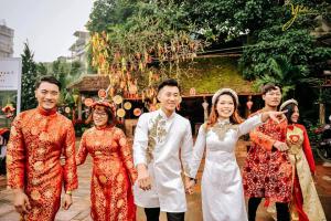 Top 6 Cửa hàng bán và cho thuê áo dài cặp, áo gấm truyền thống tại Hà Nội